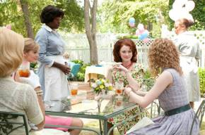 the-help-photo-ahna-oreilly-viola-davis-bryce-howard-emma-stone