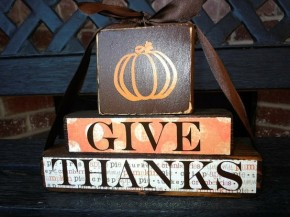 thanksgiving-wood-blocks-give-thanks